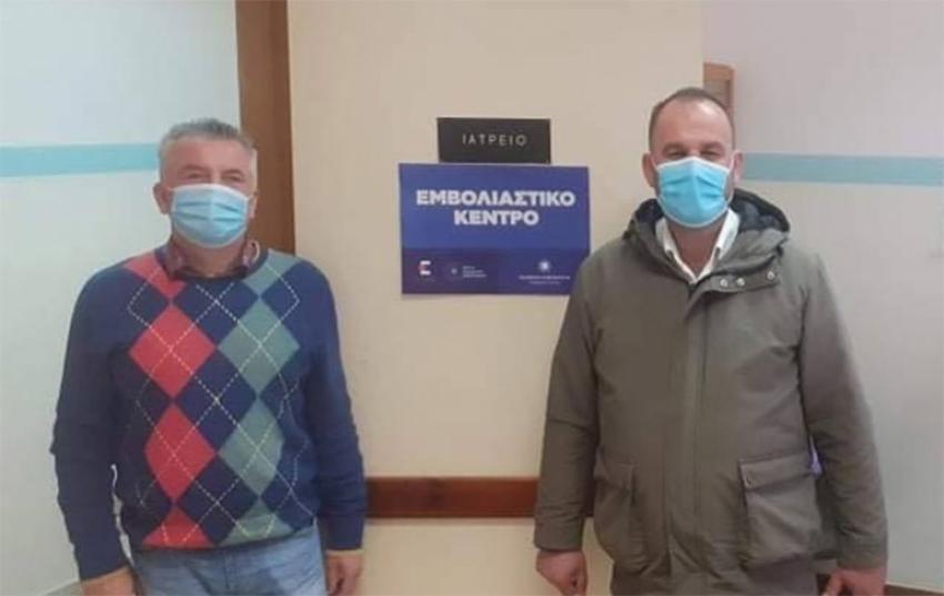 Επίσκεψη Δημάρχου Γορτυνίας στο εμβολιαστικό κέντρο Τροπαίων