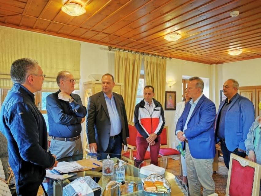 ΤΑΠΤοΚ | Γήπεδο – στολίδι αποκτά η Δημητσάνα – Υπογράφτηκε η σύμβαση, ξεκινούν τα έργα